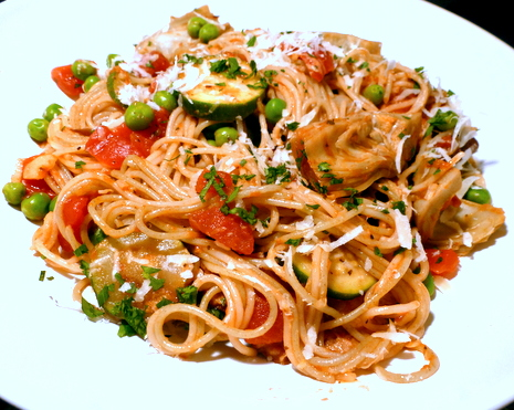 Healthy dinners can include pasta dishes loaded with tomatoes, garlic and fresh vegetables.