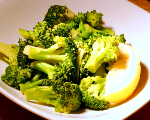 Broccoli with lemon butter.